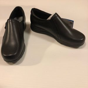 ee158cac477 Dr. Scholl s Shoes - NWT Dr Scholl s Marci Zipper Loafers in Black